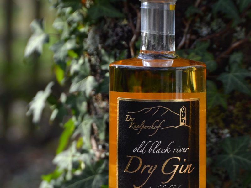 Old Black River Dry Gin Wood Bedded
