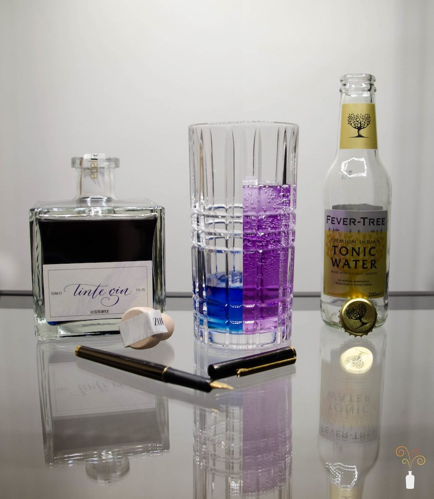Edelranz Tinte Gin mit Fever Tree Indian Tonic Water als Perfect Serve